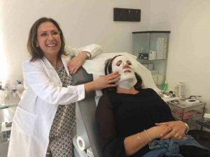 Adele-Sparavigna_recensione-software-medico_milano_visita-dermatologica-ArzaMed-300x225 Dott.ssa Adele Sparavigna