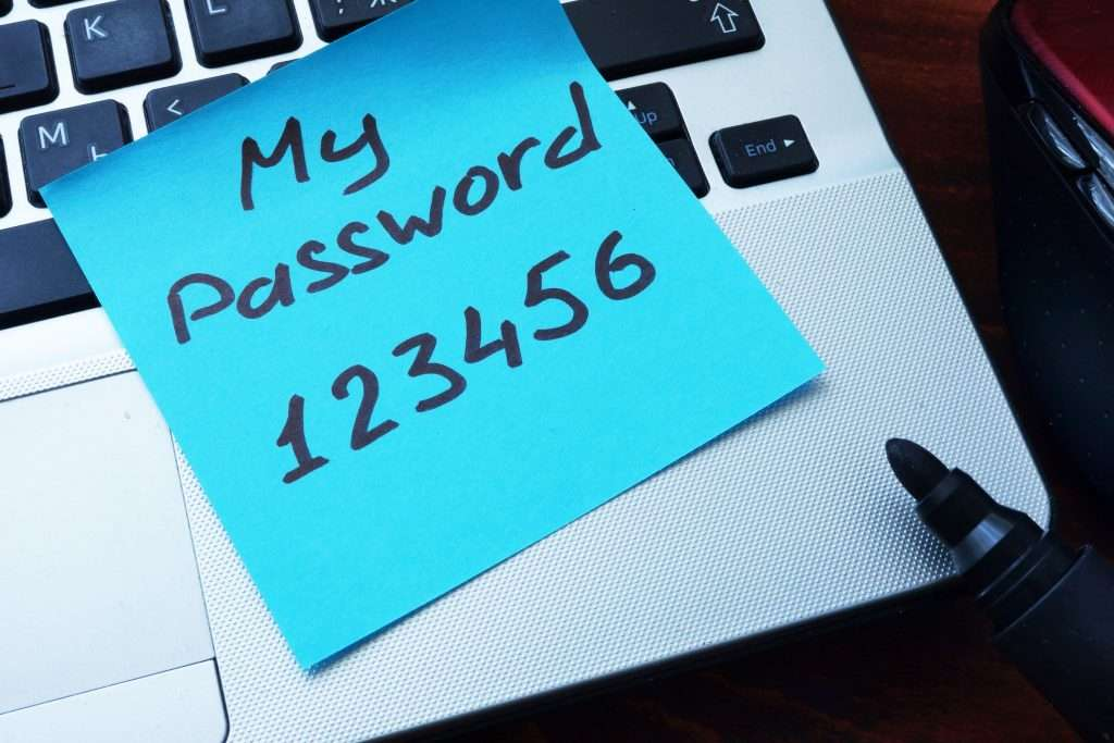Evita di scrivere le password su fogli di carta- Cyber Security in Sanità